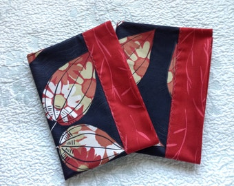 Set of 2 Leaf Standard/Queen Pillowcases