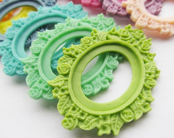 17 Colors Oval Flatback Resin Frame Charm Finding,Flower Border Base Setting Tray,for 30mmx40mm Cabochon/Picture/Cameo,DIY Accessory