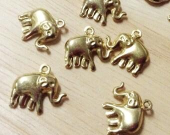 10 pcs. Elephent Brass Pendants,Unplated, Size 15x14x4 mm.(P 035)