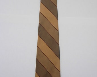 Very Cool Early-60s Diagonal Golden Tie
