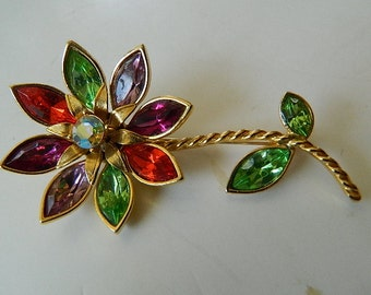 Fabulous-signed Grazziano Flower pin    SALE  37