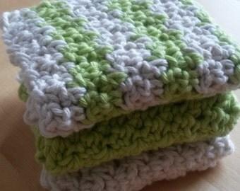 Crocheted wash cloth / kitchen dish cloth in cream / pistachio green - set of 3 eco friendly