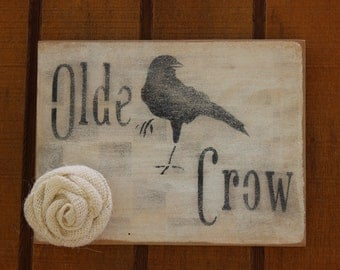 Olde Crow Sign with Flower