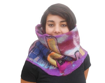 Snood-collar- scarf nuno felt, buildings n2,  OrLeaNes