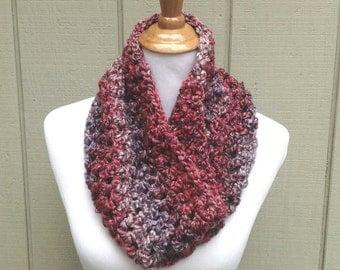 Bulky crochet cowl - Crochet circle scarf - Chunky cowl - Neck warmer