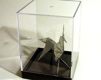 BLADE RUNNER - Origami Unicorn Prop (2:1 Scale w/Display Case)