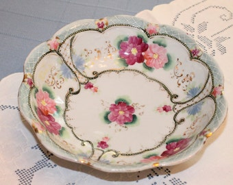 Made in Japan Serving Bowl with Pink Flowers and Gilt Trim