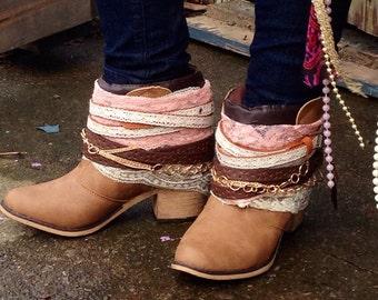 Size 7-8 Hippie GIRLY Boho Women's Boots