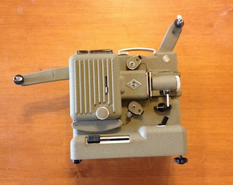 Vintage Eumig P8 Imperial Cine Projector with carry case