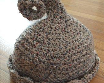 Crochet Hat Pattern, Curly Q cap or toke