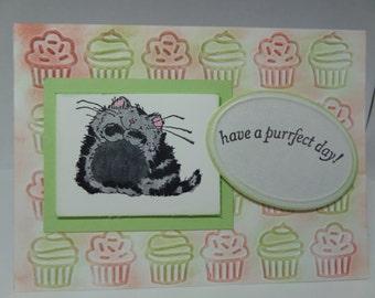 Handmade birthday card with kitty and cupcakes