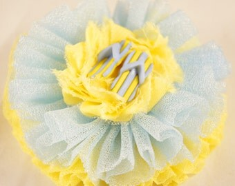 Pale yellow and blue flip flop barrette