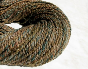 Bulky wool handspun yarn LUKOMORIE  8.8 oz 133 yards 23 mc / 240 g 120 m