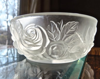 Pressed Frosted Glass Cereal Salad Dessert Bowl Dish Roses-Vintage