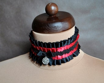 Elegant GOTHIC VAMPIRE Victorian Burlesque Glamour CHOKER blac and red ribbon with beautiful adornment,