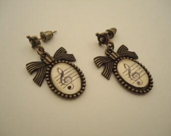 """Earrings with loop """"Clave de sol"""""""