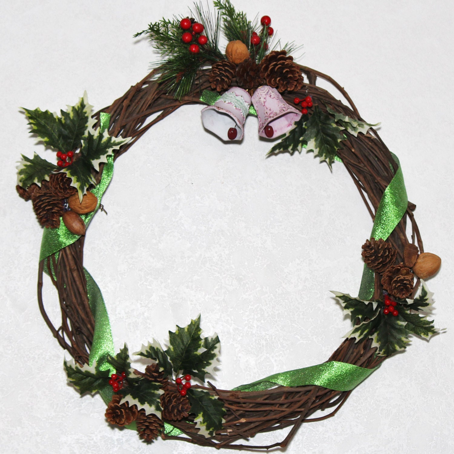 Christmas Bells Wreath; Handmade Christmas Grapevine Wreath; Handmade Grapevine Wreath