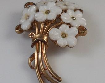 Vintage 1950s Crown Trifari White Glass Flower Bouquet Brooch Pin