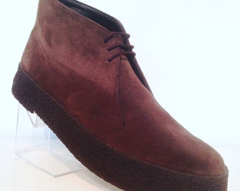 Chukka Boots in Brown Suede