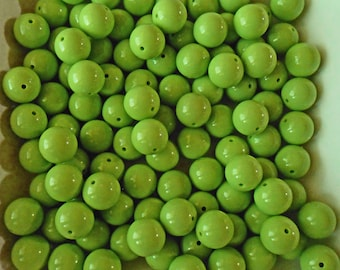 Chartreuse beads, lime beads - round beads - green beads - green resin beads - green round beads - green acylic beads - 20mm round beads