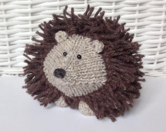 Hedgehog Toy Knitting Pattern : Tweedy Hedgehog toy knitting patterns