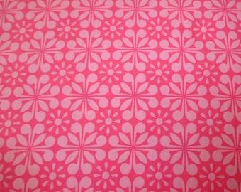 Makower UK Fabrics Pink w/Light Pink Flower Pattern 243