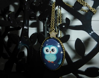 Night Owl Cameo Necklace