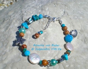 COLORED WAVE bracelet with Freshwater Pearl thaler, Turquoise, different gemstones and wooden beads, shell pendant, starfish, snap hook.