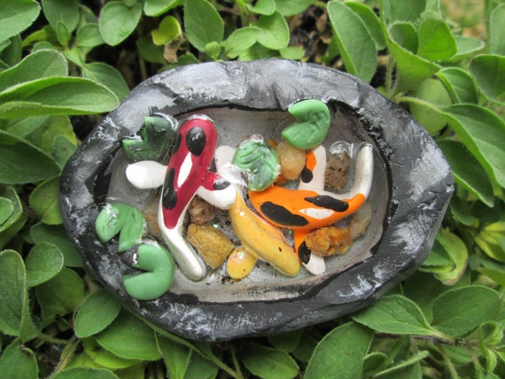 Fairy garden miniature koi fish pond for Mini koi fish