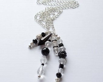 The Jet Necklace - The Mollie Collection