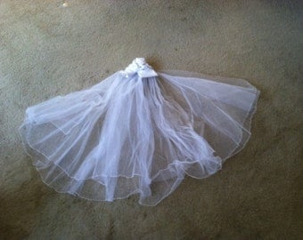 Vintage 1980 White Veil with Satin Flower 2 Tier Tulle 168