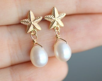 Beach Wedding Earrings, Bridesmaid Earrings, Pearl Earrings, Pearl Beach Earrings, Gold Starfish Earrings, Beach Wedding Jewelry, Gift