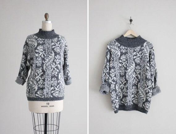 gray wool sweater / united colors of benetton / patterned sweater