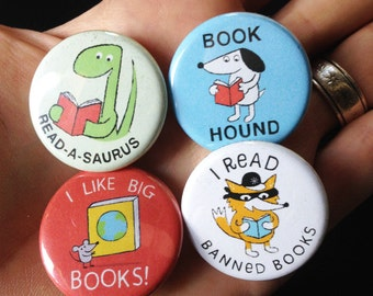Lil' Readers Buttons - SET ONE