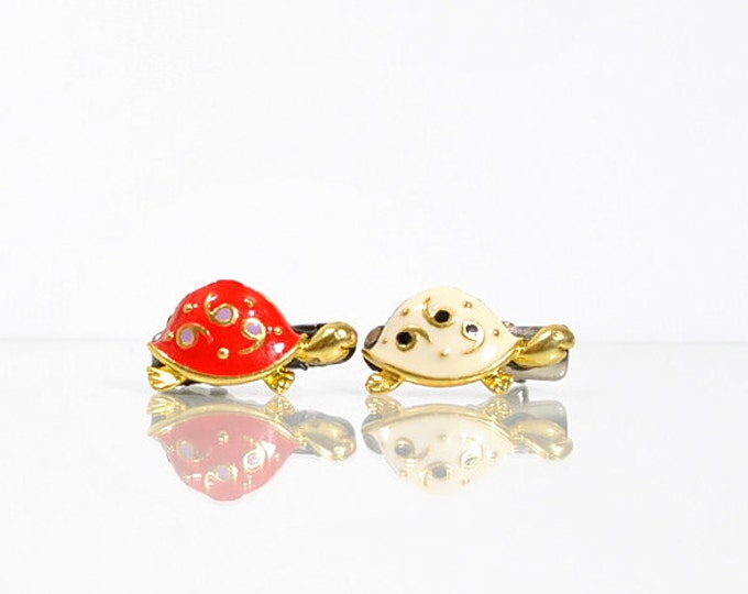 Turtle Hair Clip Women's Barrette Small Hair Clip Turtle Accessories Red or White