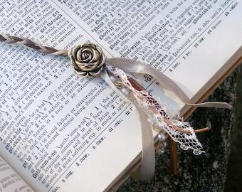 LEATHER & LACE - Romantic Boho Bookmark
