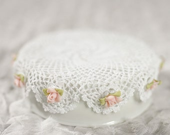 Cute Doily and Rose DIY Cake Topper Base - 150004