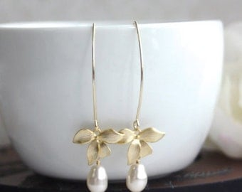 Ivory Cream Pearls Earrings, Pearl Wedding Earrings, Long Dangle Earrings, Gold Orchid Earrings, Gold Flowers Earrings Cream Or White Pearls