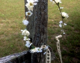 Natural style Flower crown lace tie Rustic chic Woodland bridal party Hair accessories buttery ivory daisy hair wreath hippie costume Jenny