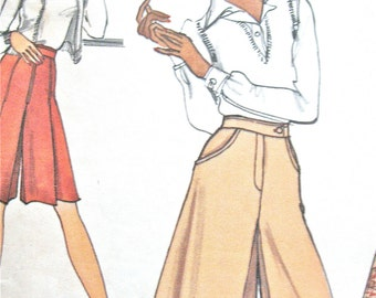 Vintage Vogue 8673 Pattern Misses' Pantskirts from the 1970s Vintage Sewing Patterns  Waist 26.5 inches Hip 36