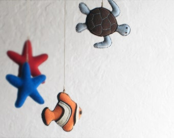 Animal MOBILE Clown Fish, Blue, Turtle, Star Fish > BABY BOY Mobile—Nursery, Baby Shower Gift—étoile tortue poisson, bébé/estrella pez móvil