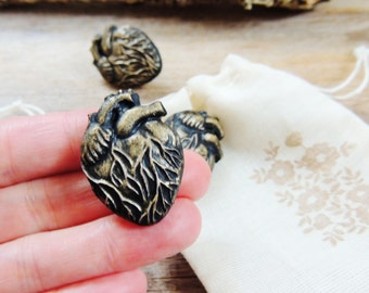 Anatomical Heart Magnet Push Pins Thumbtacks Pushpin Decorative Gold Black Cork Boards Set of 3 Fridge Magnets Tacks Thumb Tack Office Decor