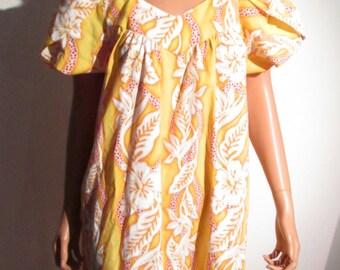 70's Hawaiian Day Dress. Vintage MUMU. House dress, Caftan. YellowTropical Print.  Medium
