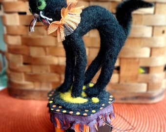 Needle felted wool Halloween Cat