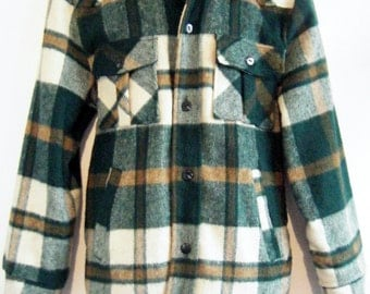 early 1970s JC PENNEY COAT, blanket lined wool plaid button up jacket, mens size medium