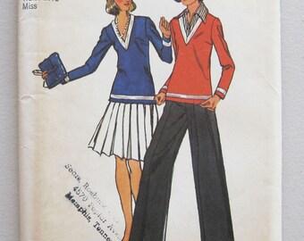 1973 Vintage Simplicity Top Blouse Skirt Pants Pattern 5773 Size 12 Bust 34 Uncut