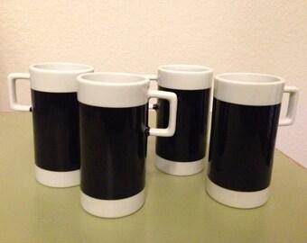 Alexander Girard Set of 4 Vintage Porcelain Demitasse Cups for Braniff International Airlines.