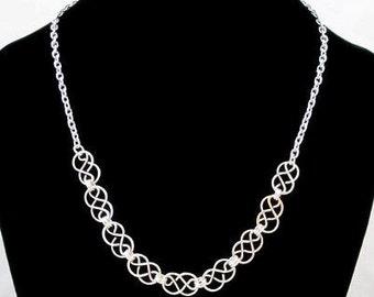 Mini Celtic Knot 'Lite 'Necklace