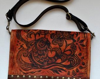 "Medium Leather Messenger, brown, Koi Print ,""The Uptown"""