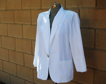 Vintage 1980's Oversized White Jacket with Gold Colored Button